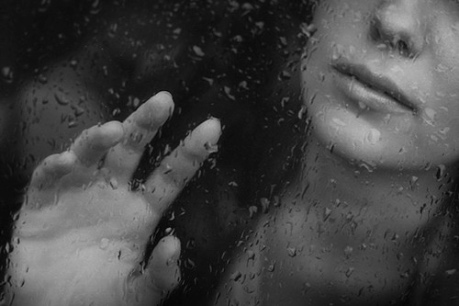 woman depres
