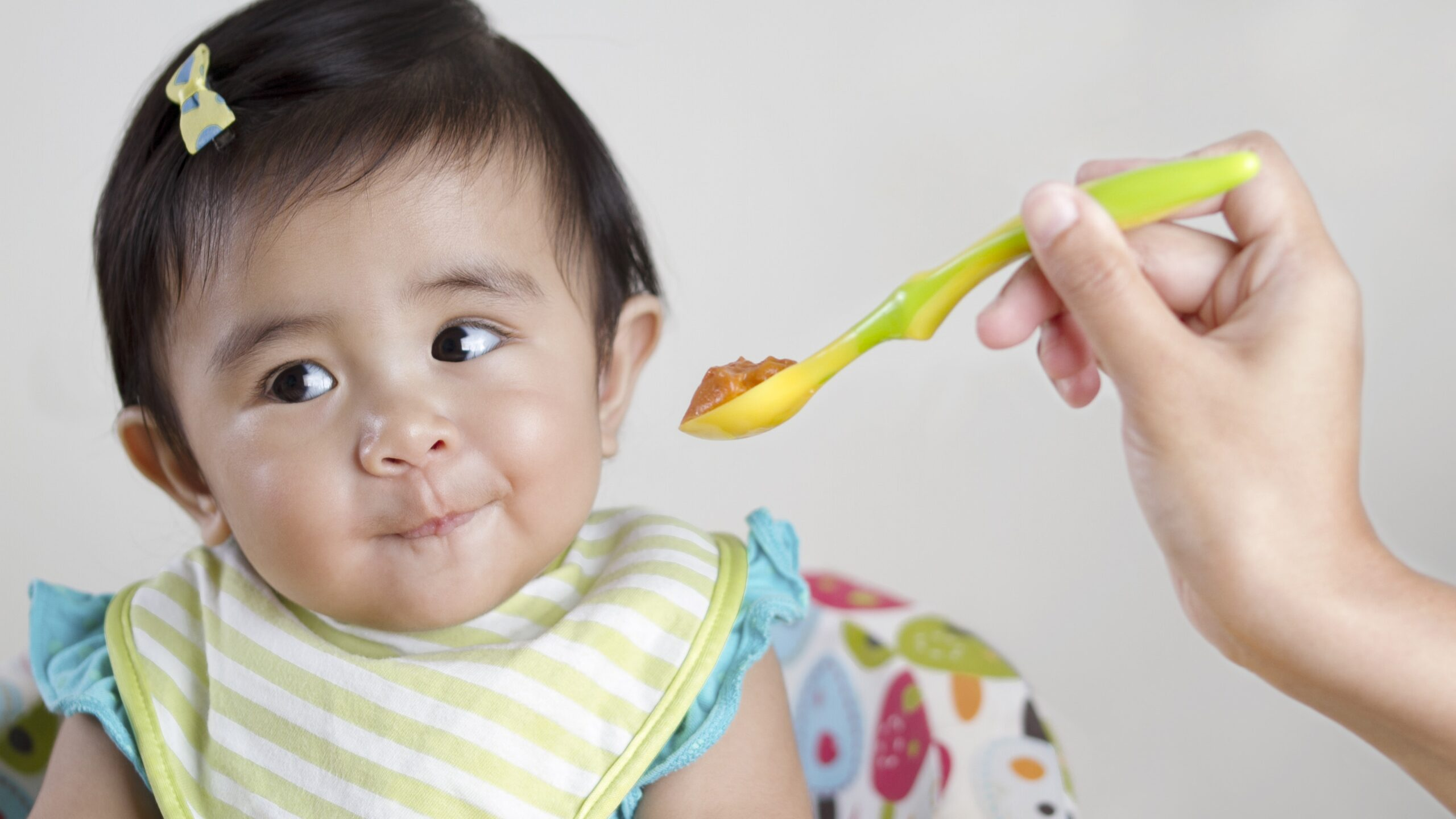 national-weaning-week-7-tips-for-moving-your-baby-onto-solid-foods-136426915738902601-180507091014