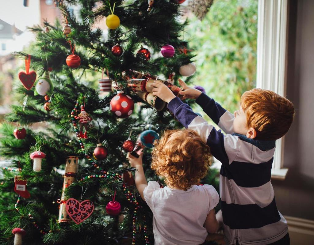 decoratingtreekids