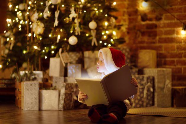 Χριστούγεννα με παραμύθια, μουσικές και ταινίες online από το Δημοτικό Θέατρο Πειραιά