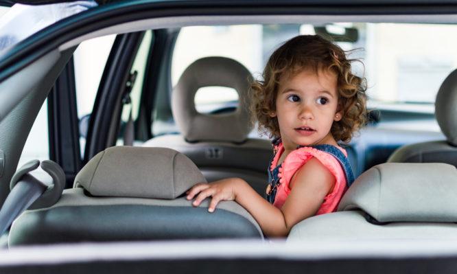 Child-alone-car-666x399-1